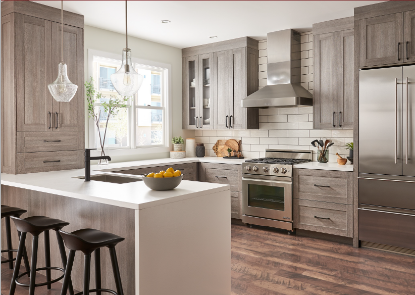 Transitional kitchen with UltraCraft cabinets